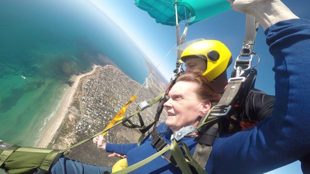 Shirley Elliot Handicapable tandem skydive gliding